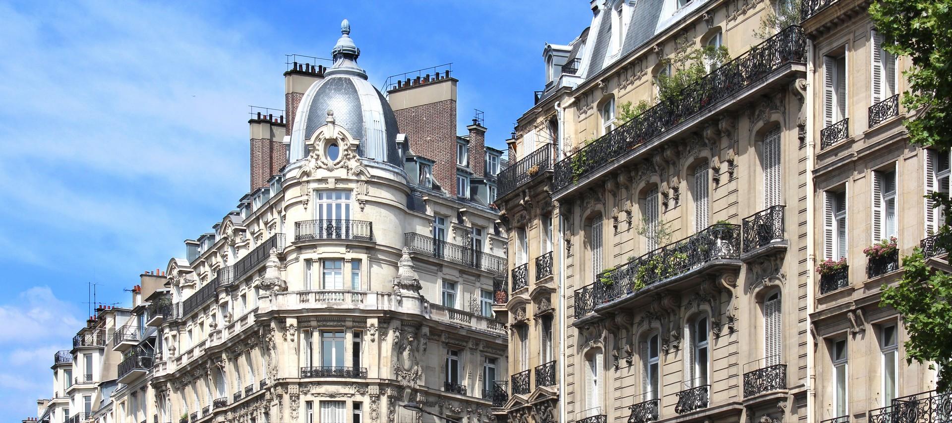 Immeuble haussmannien à Paris